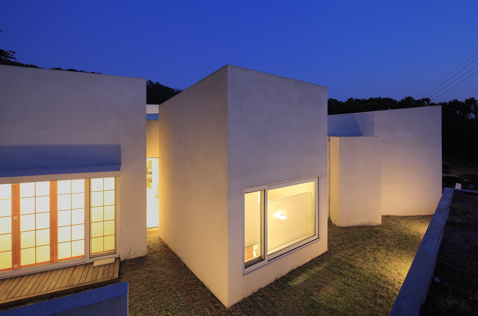Teochon House by IROJE Architects & Planners-08