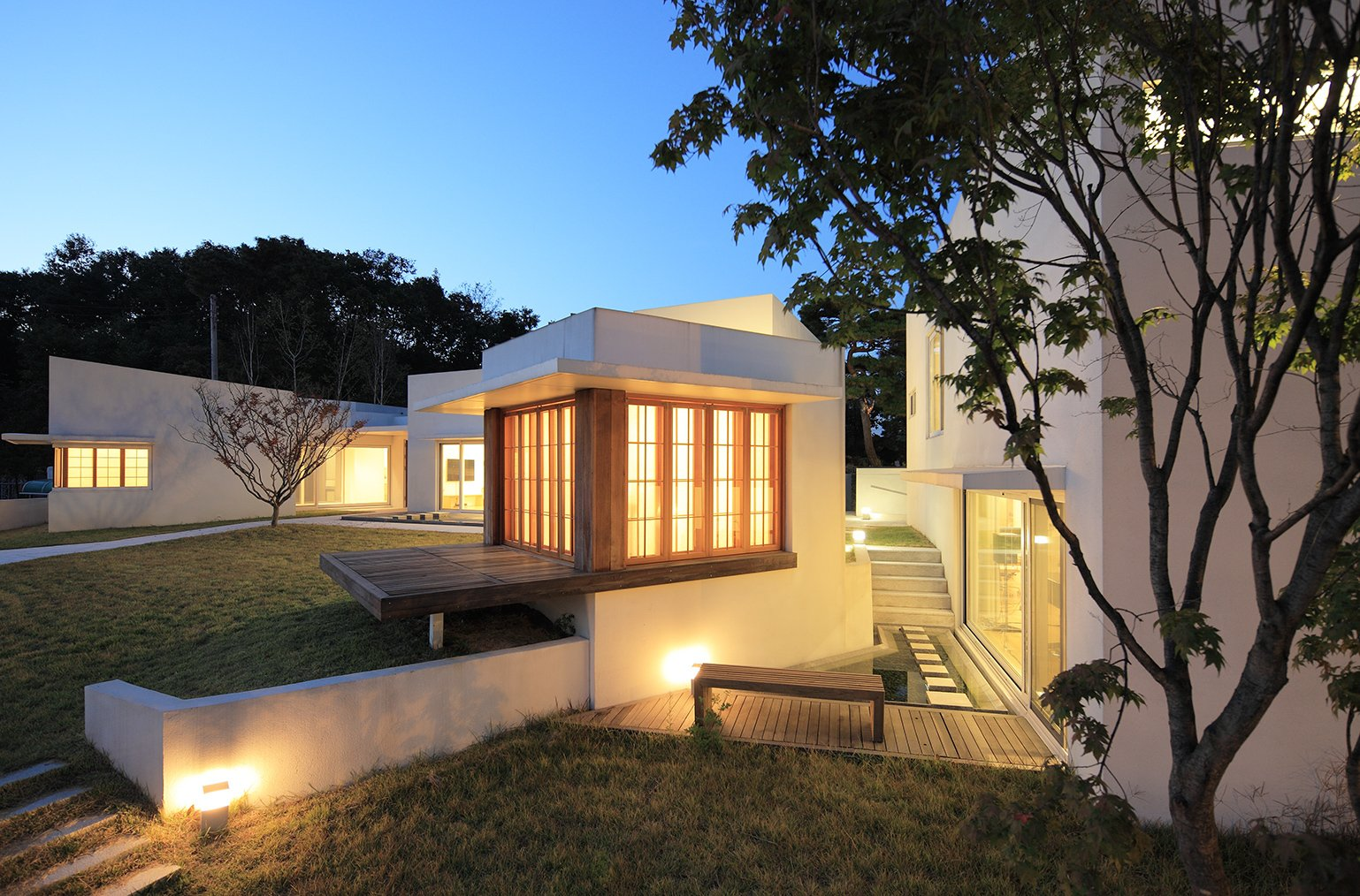 Teochon House by IROJE Architects & Planners-09