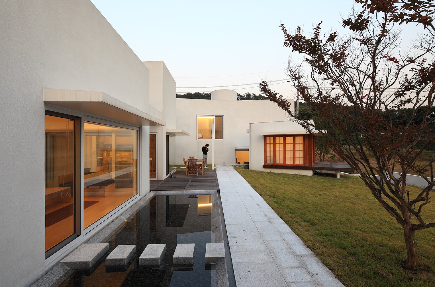 Teochon House by IROJE Architects & Planners-10