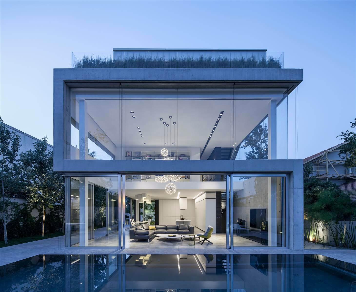 The Concrete Cut House in Ramat Gan by Pitsou Kedem Architects-11