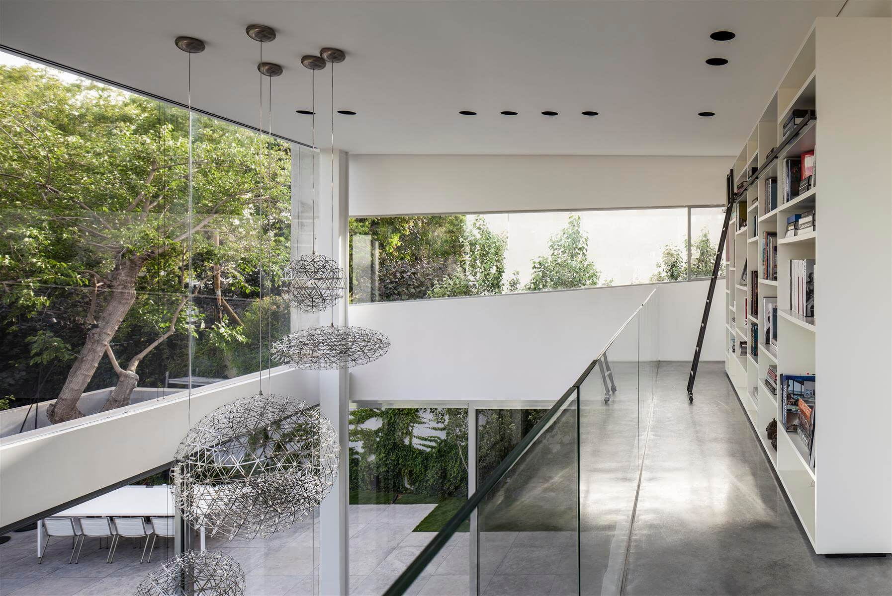 The Concrete Cut House in Ramat Gan by Pitsou Kedem Architects-18