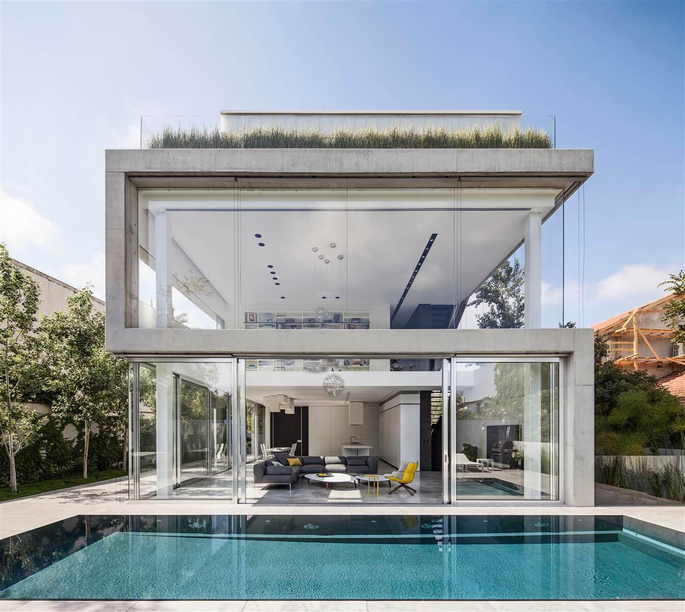 The Concrete Cut House in Ramat Gan by Pitsou Kedem Architects-23