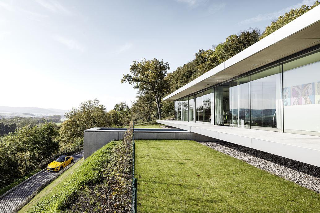 The ultramodern mountain villa K by Paul de Ruiter Architects-01