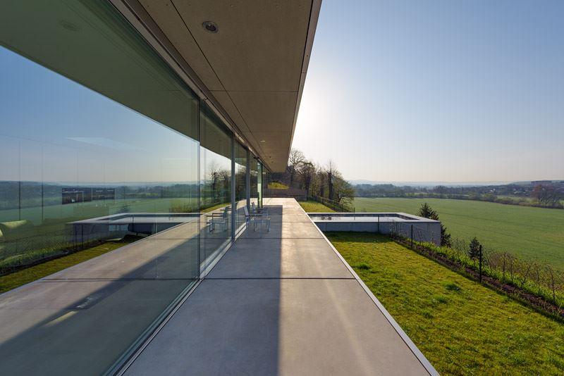 The ultramodern mountain villa K by Paul de Ruiter Architects-02