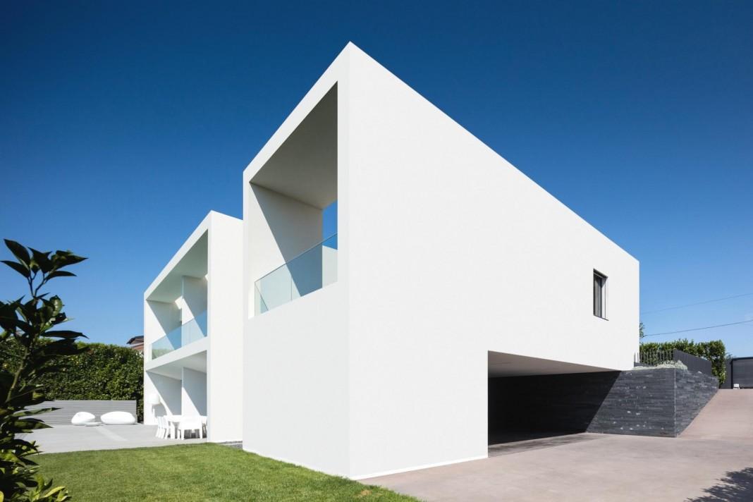 Touguinhó II Residence by Raulino Silva Arquitecto