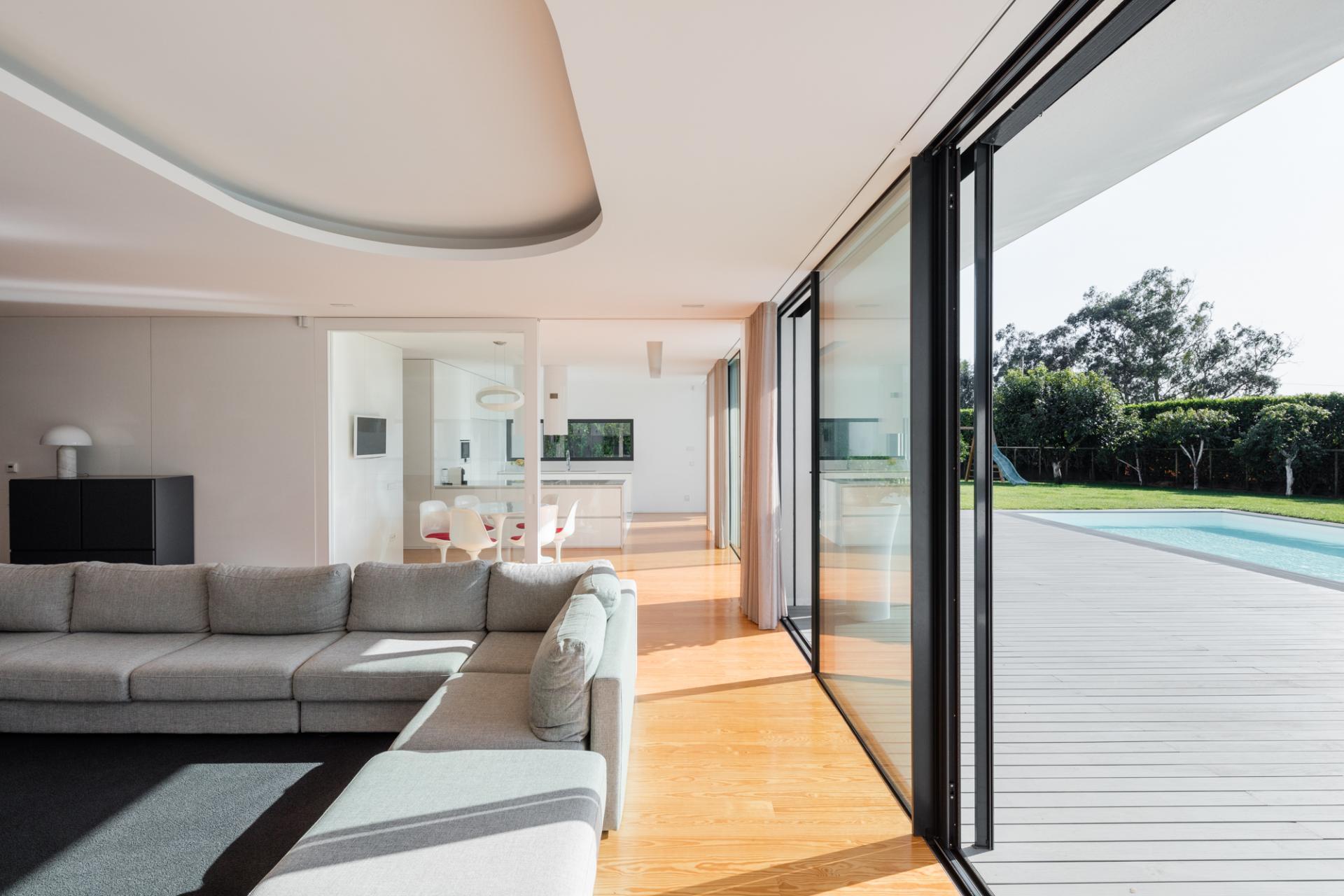 Touguinhó II Residence by Raulino Silva Arquitecto-15