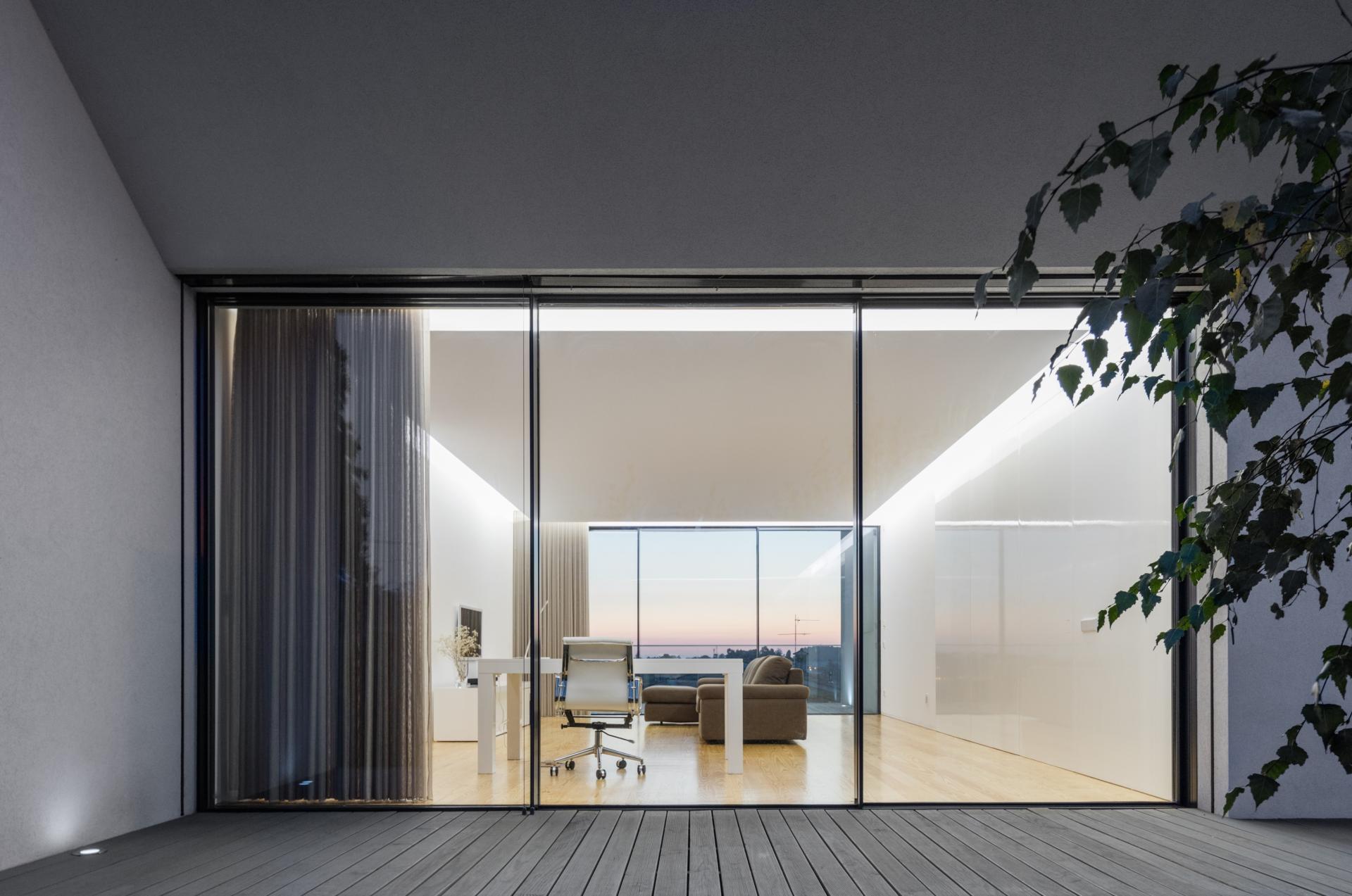 Touguinhó II Residence by Raulino Silva Arquitecto-19