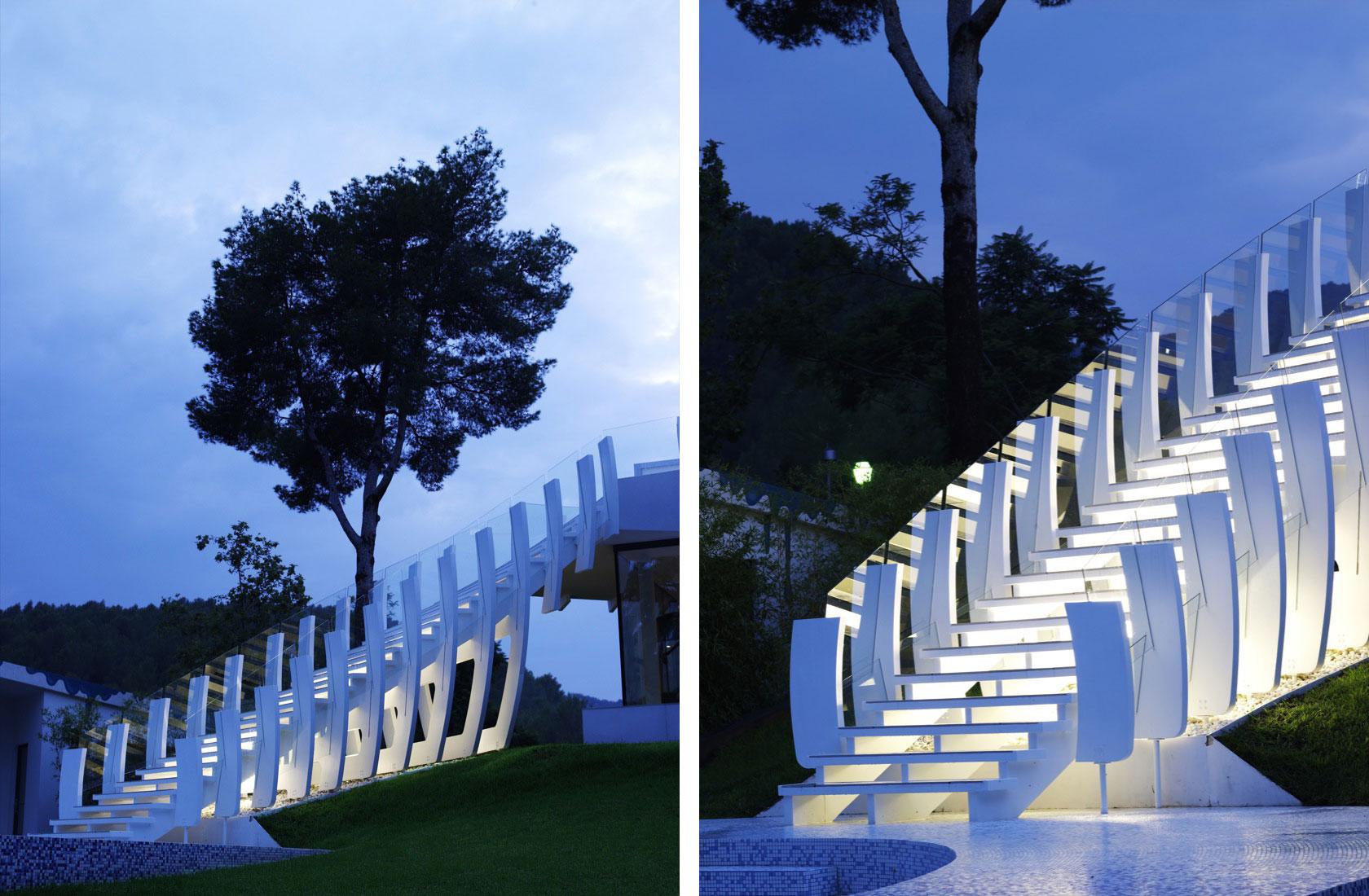 Ultramodern Casa Son Vida by tecArchitecture and Marcel Wanders Studio-04