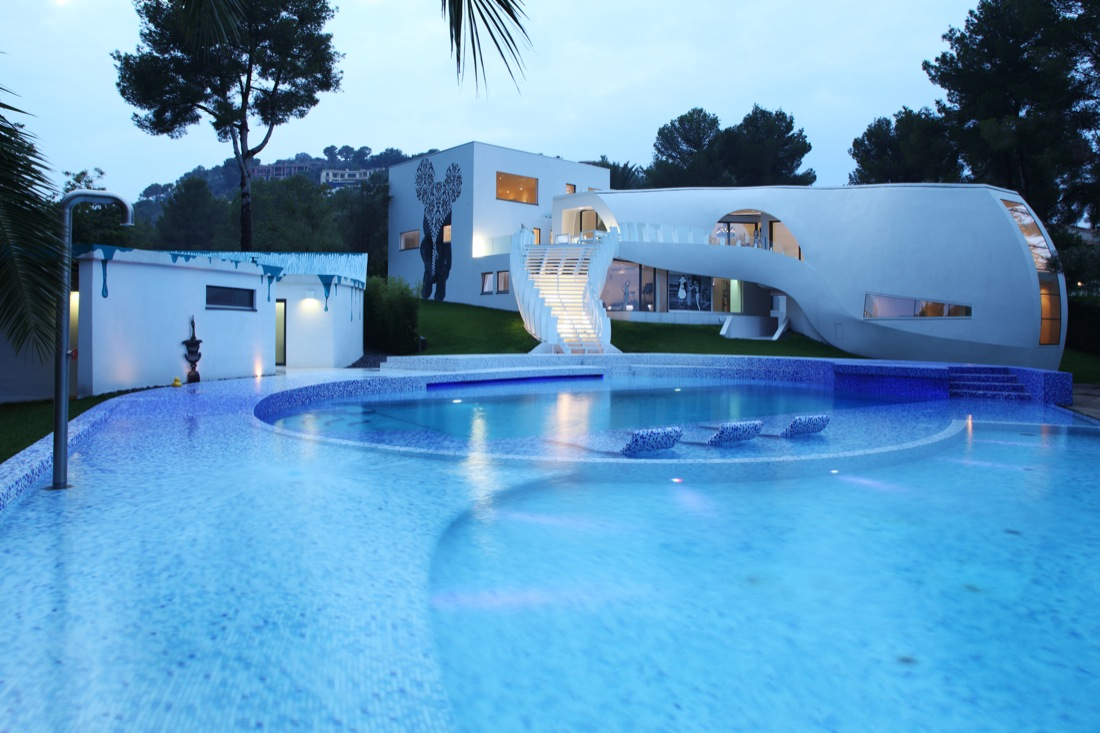 Ultramodern Casa Son Vida by tecArchitecture and Marcel Wanders Studio-12