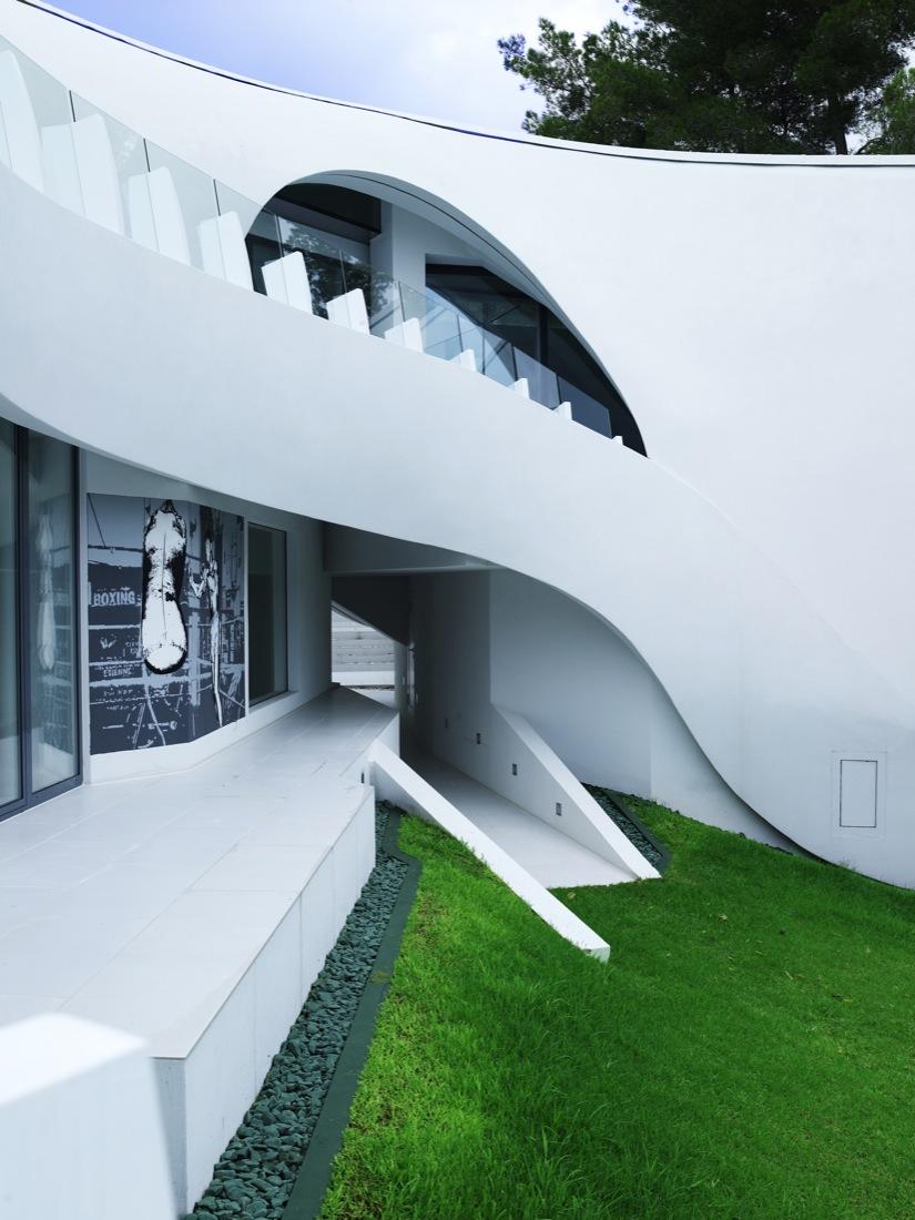 Ultramodern Casa Son Vida by tecArchitecture and Marcel Wanders Studio-15