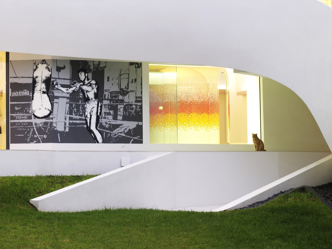 Ultramodern Casa Son Vida by tecArchitecture and Marcel Wanders Studio-19