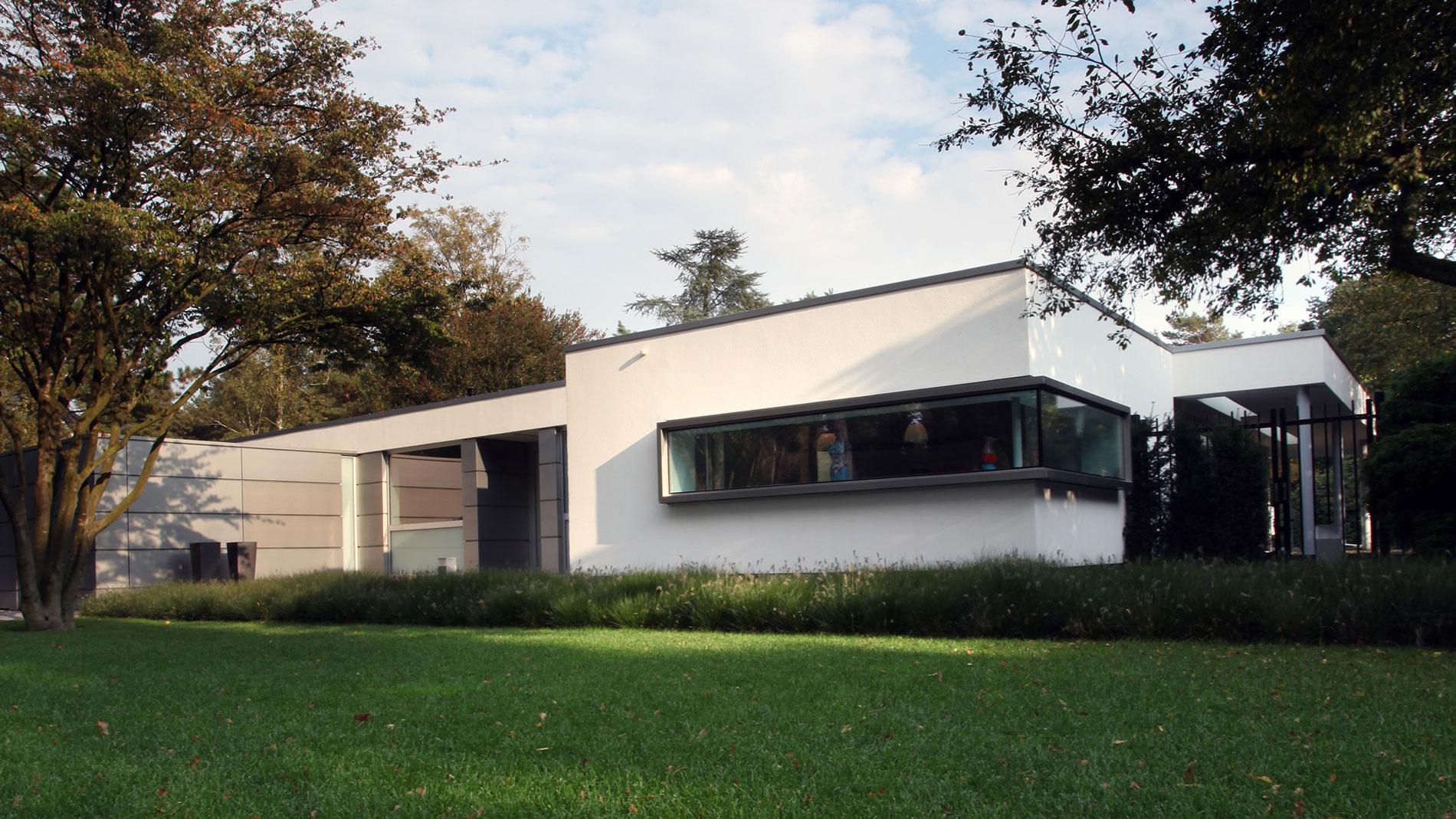 Van Schijndel House by Lab32 architecten-01
