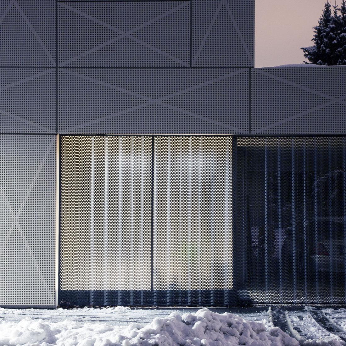 Villa Criss-Cross Envelope Located in Ljubljana by OFIS Architects-23