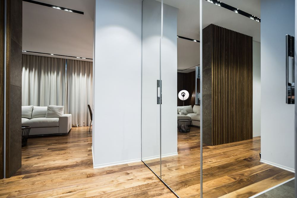 Wood theme apartment in St. Petersburg by Pavel Isaev-12