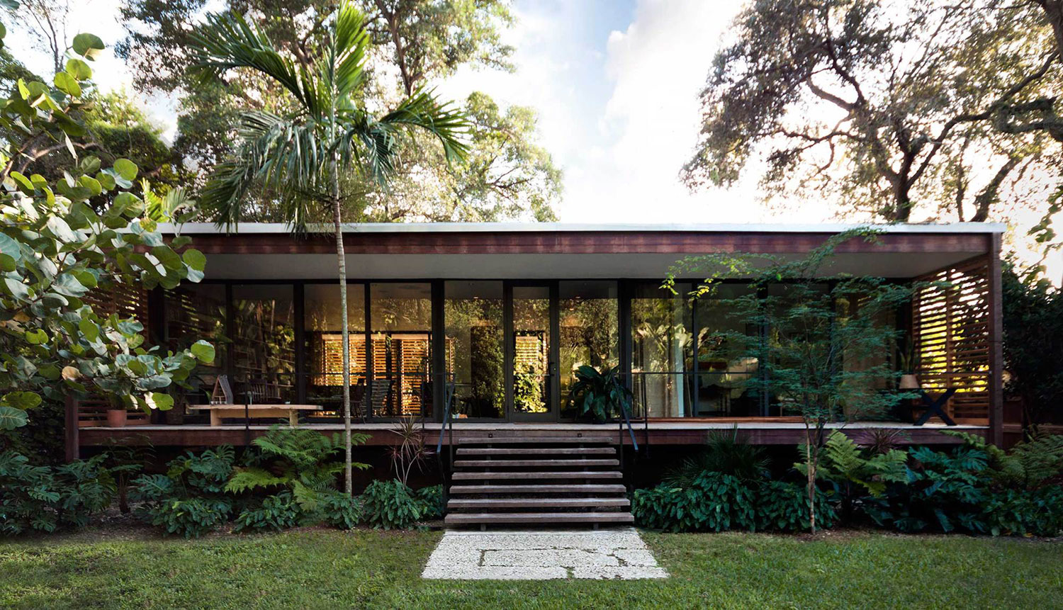 Wooden Tropical Brillhart House Located in Miami by Brillhart Architecture-11