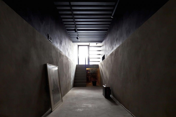 1.8-M-Width-House-by-YUUA-Architects-&-Associates-02