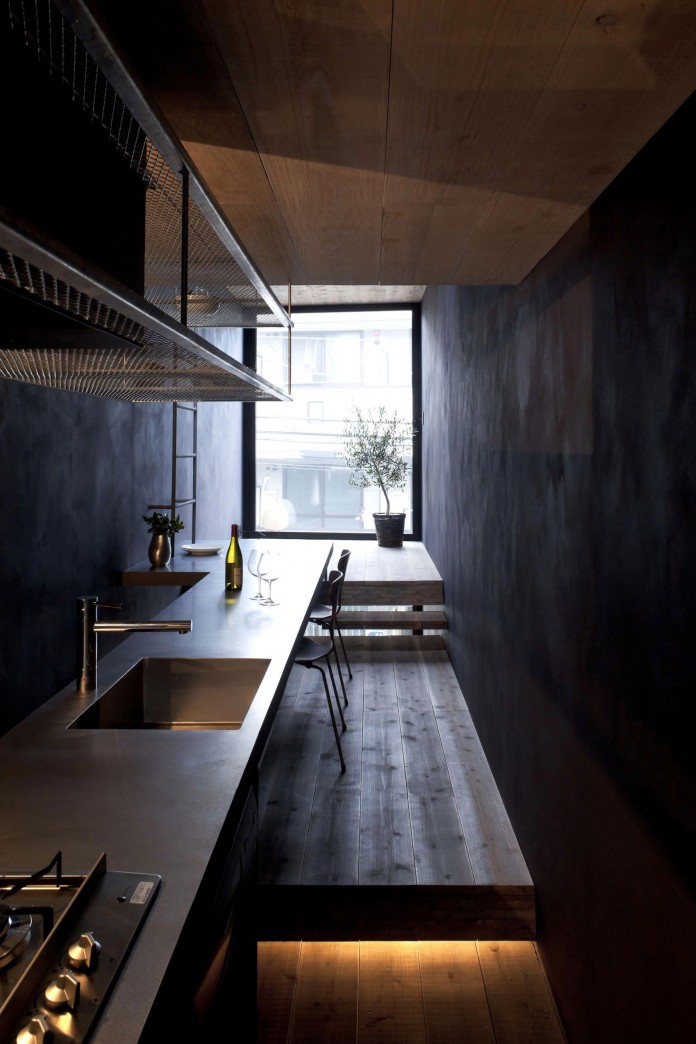 1.8-M-Width-House-by-YUUA-Architects-&-Associates-05