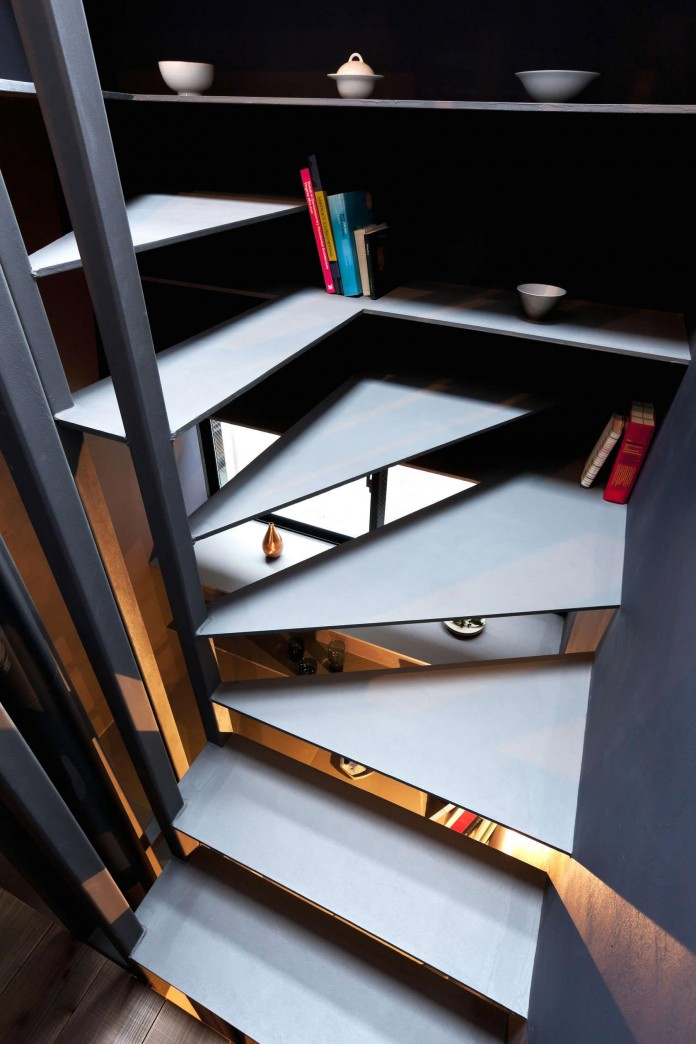 1.8-M-Width-House-by-YUUA-Architects-&-Associates-08