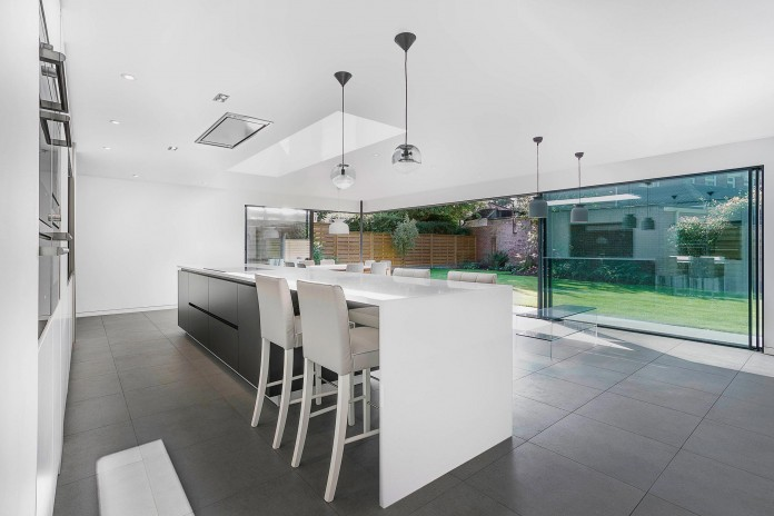4-Bedroom-Richmond-Home-by-AR-Design-Studio-Architects-08