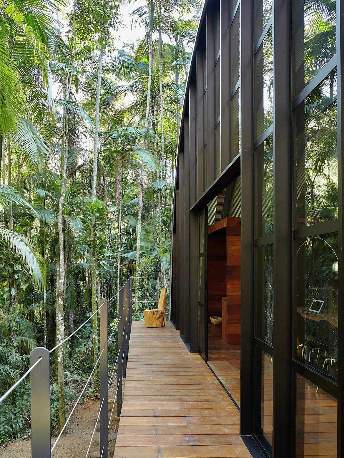 ARCA-home-in-the-middle-of-the-Brazilian-Atlantic-Forest-by-Atelier-Marko-Brajovic-06