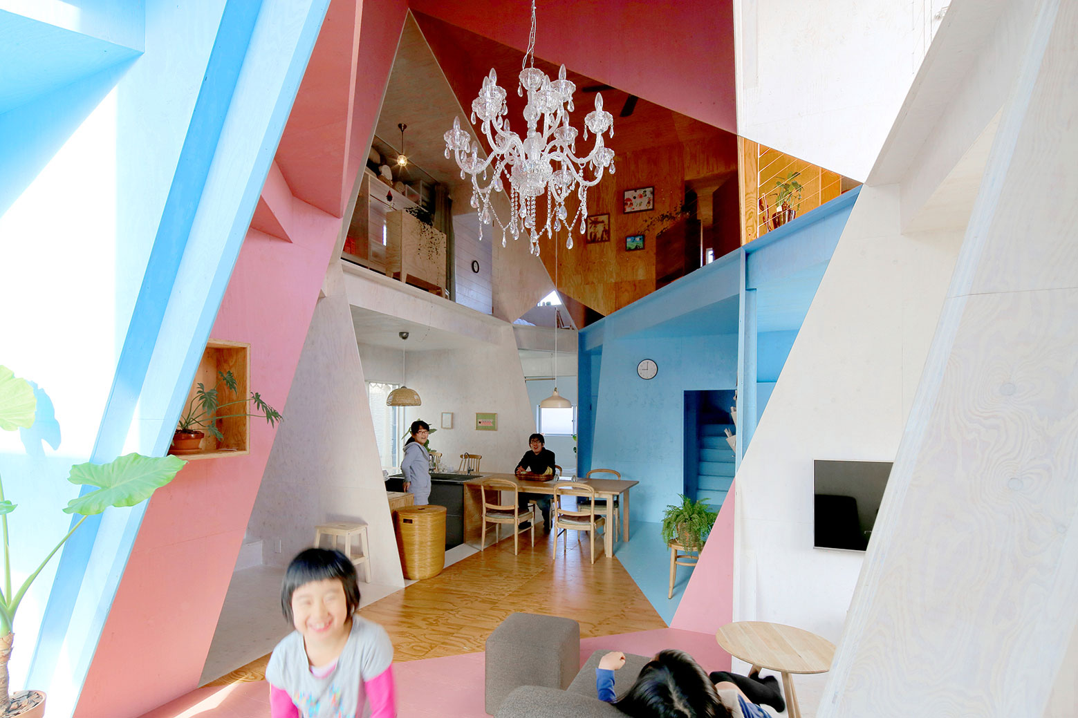 Apartment – House in Tokyo by Kochi Architect's Studio-06