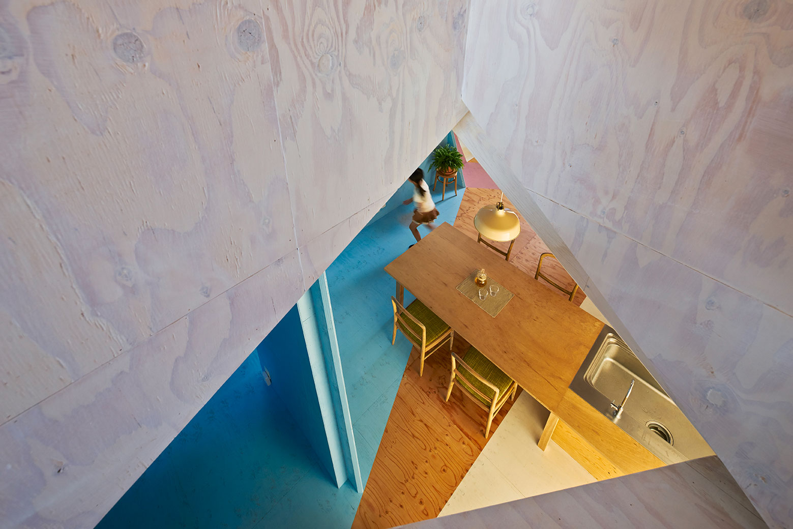 Apartment – House in Tokyo by Kochi Architect's Studio-09