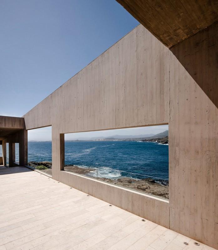 Bahia Azul House by Felipe Assadi & Francisca Pulido-06