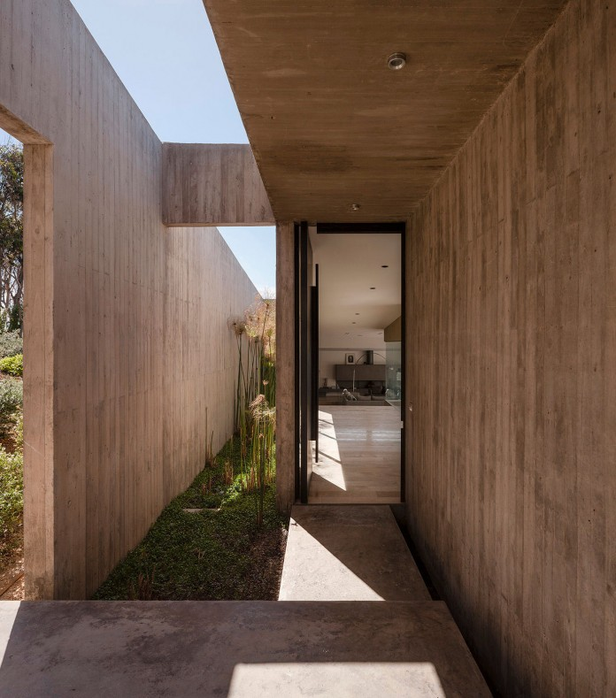 Bahia Azul House by Felipe Assadi & Francisca Pulido-10