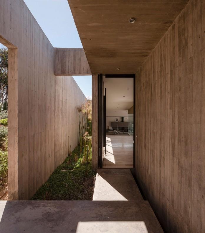 Bahia Azul House by Felipe Assadi & Francisca Pulido-10