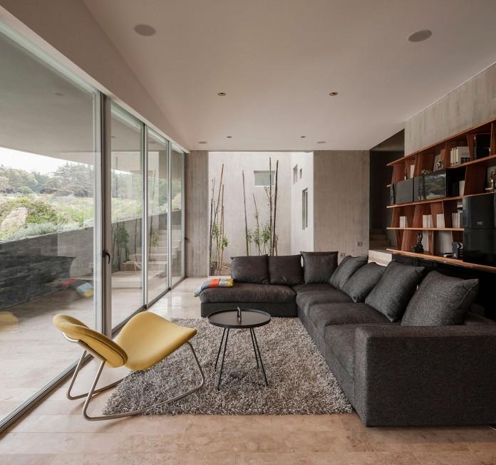 Bahia Azul House by Felipe Assadi & Francisca Pulido-17