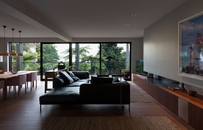 Balmoral house by CO-AP-04