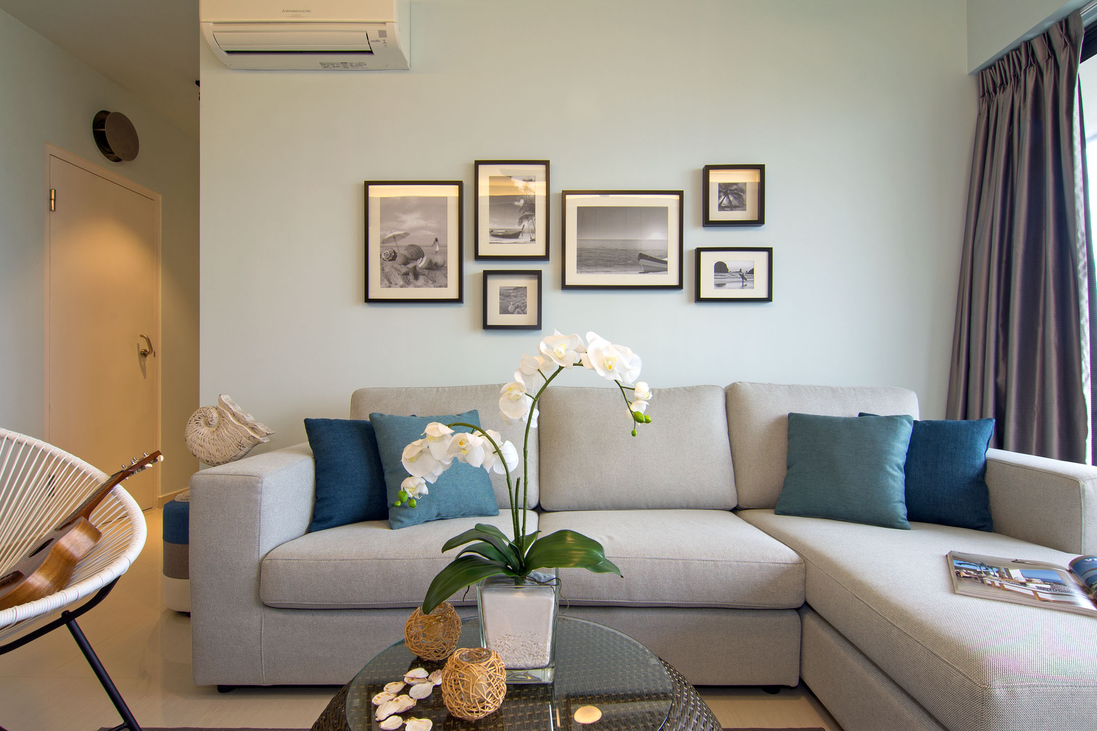 Beach house urban apartment in Singapore by Vievva Designers-07