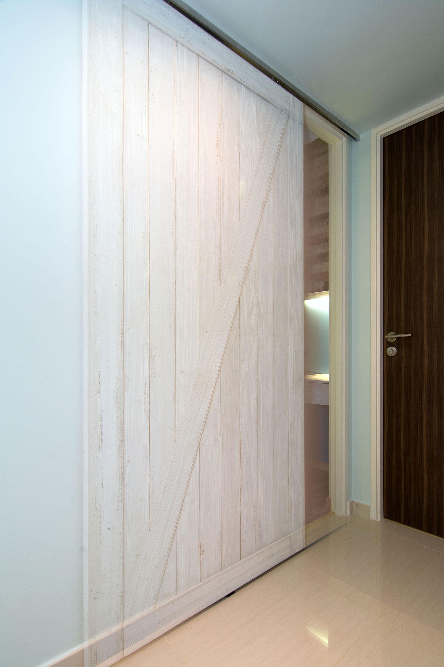 Beach house urban apartment in Singapore by Vievva Designers-13