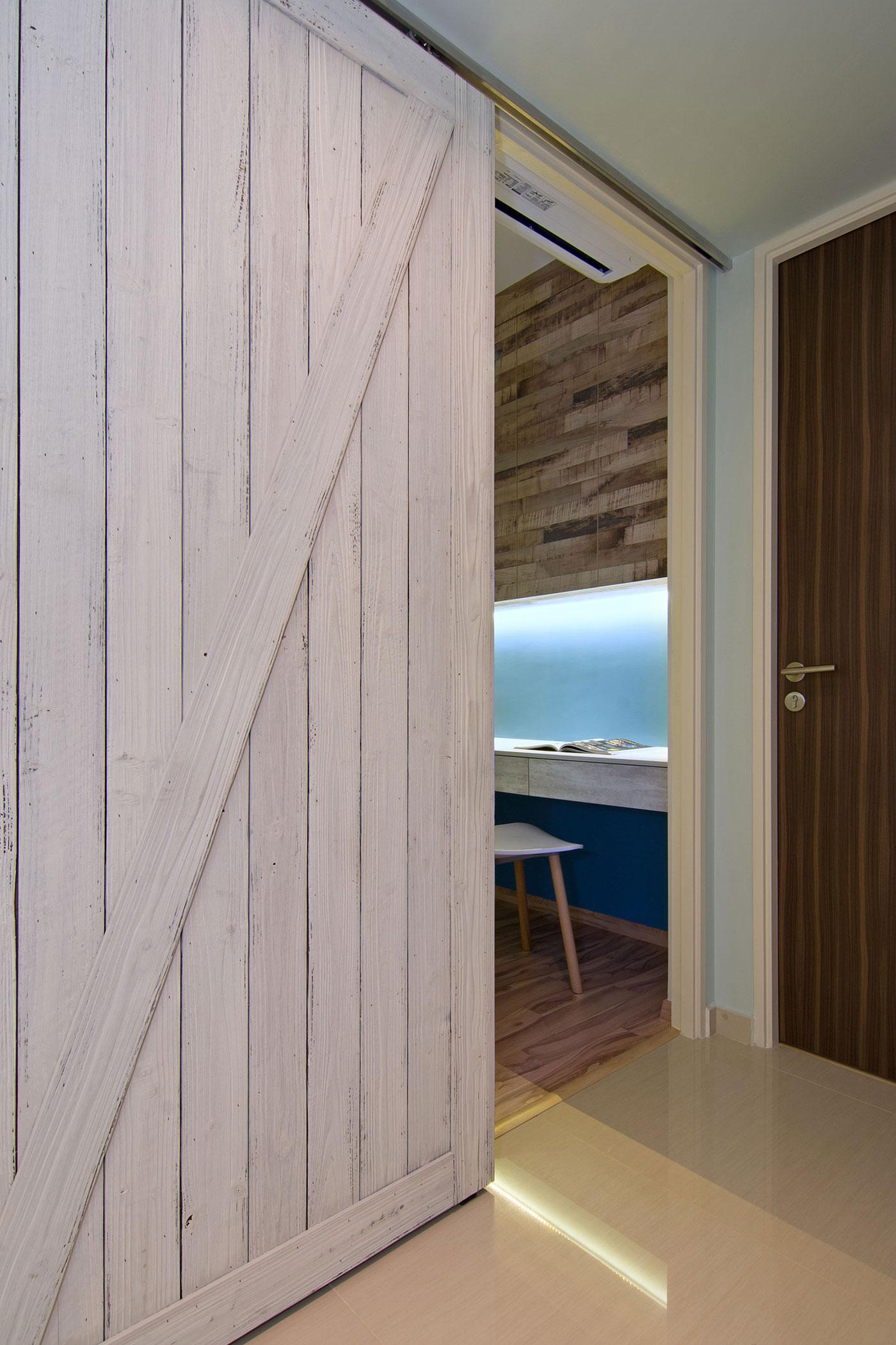 Beach house urban apartment in Singapore by Vievva Designers-14