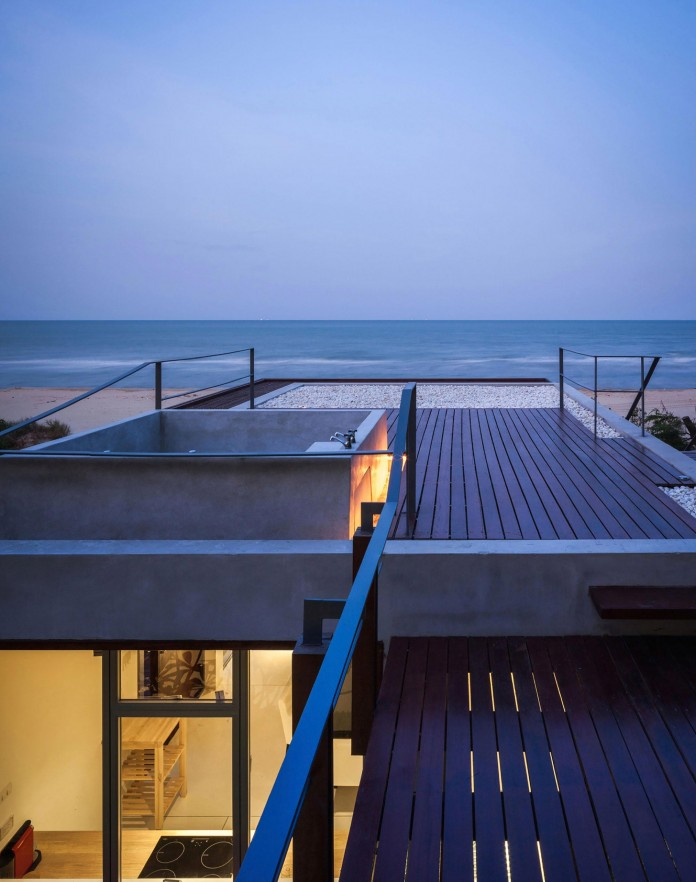 Beachfront-residence-for-an-interethnic-family-of-four-by-Beautbureau-14