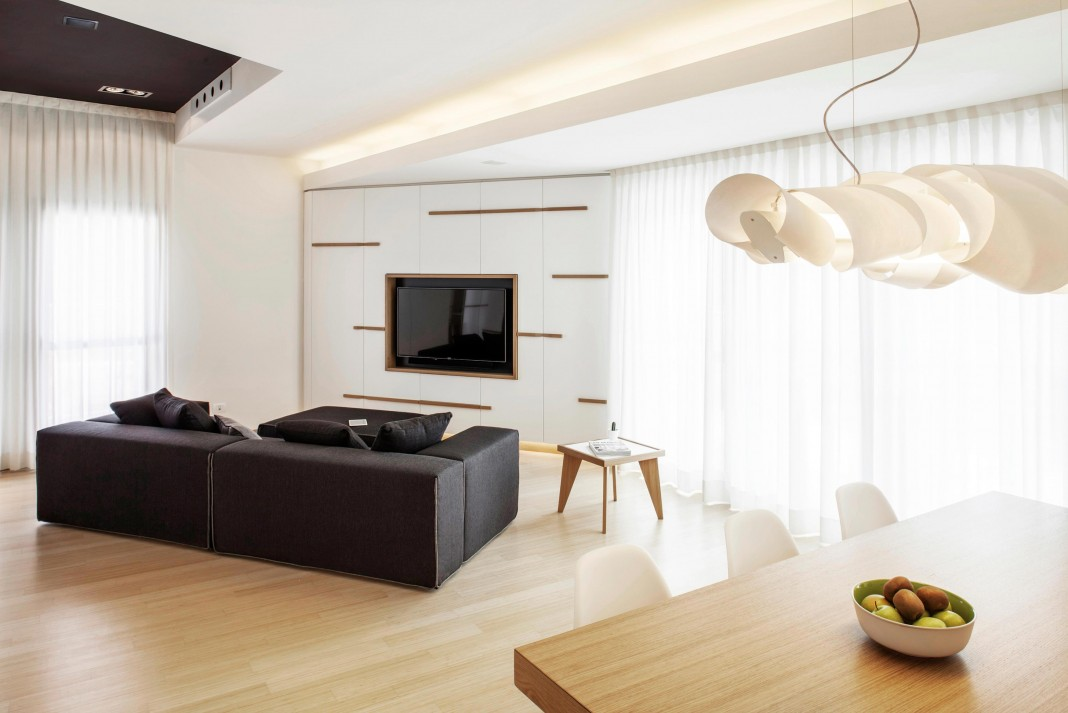 Canticle modern apartment in the historical center of Lucca by Studiòvo