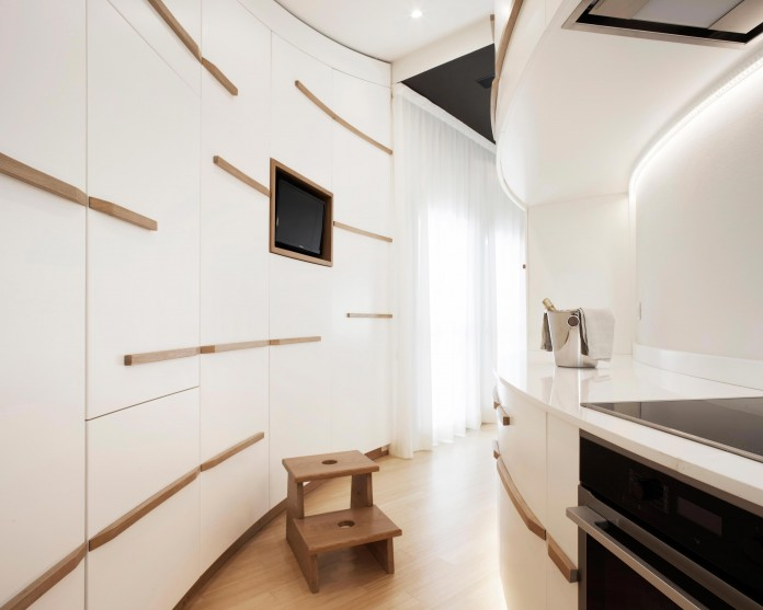 Canticle-modern-apartment-in-the-historical-center-of-Lucca-by-Studiòvo-13