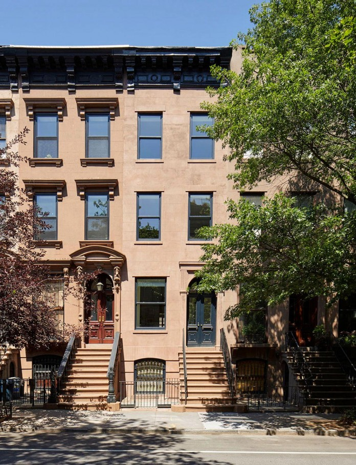 Carroll-Gardens-Townhouse-by-Lang-Architecture-01