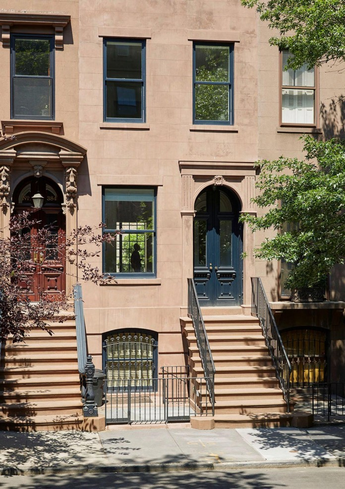 Carroll-Gardens-Townhouse-by-Lang-Architecture-02