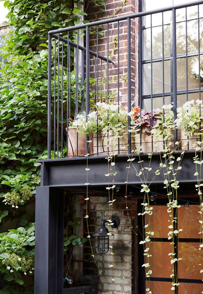 Carroll-Gardens-Townhouse-by-Lang-Architecture-03