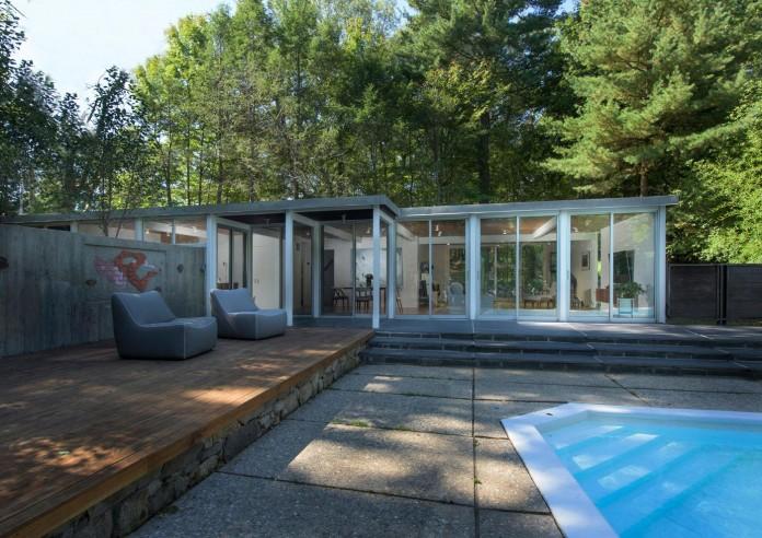 Chestnut-Hill-Modern-Renovation-by-Hammer-Architects-04