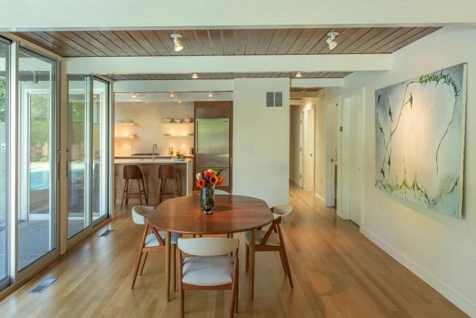 Chestnut-Hill-Modern-Renovation-by-Hammer-Architects-10