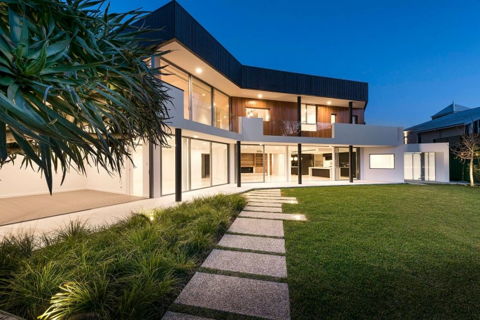 Dalkeith-Residence-by-Hillam-Architects-07