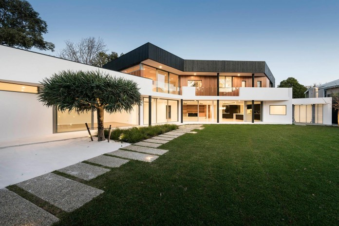 Dalkeith-Residence-by-Hillam-Architects-09