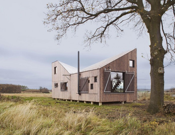 Energy-Efficient-Wooden-House-Zilvar-02