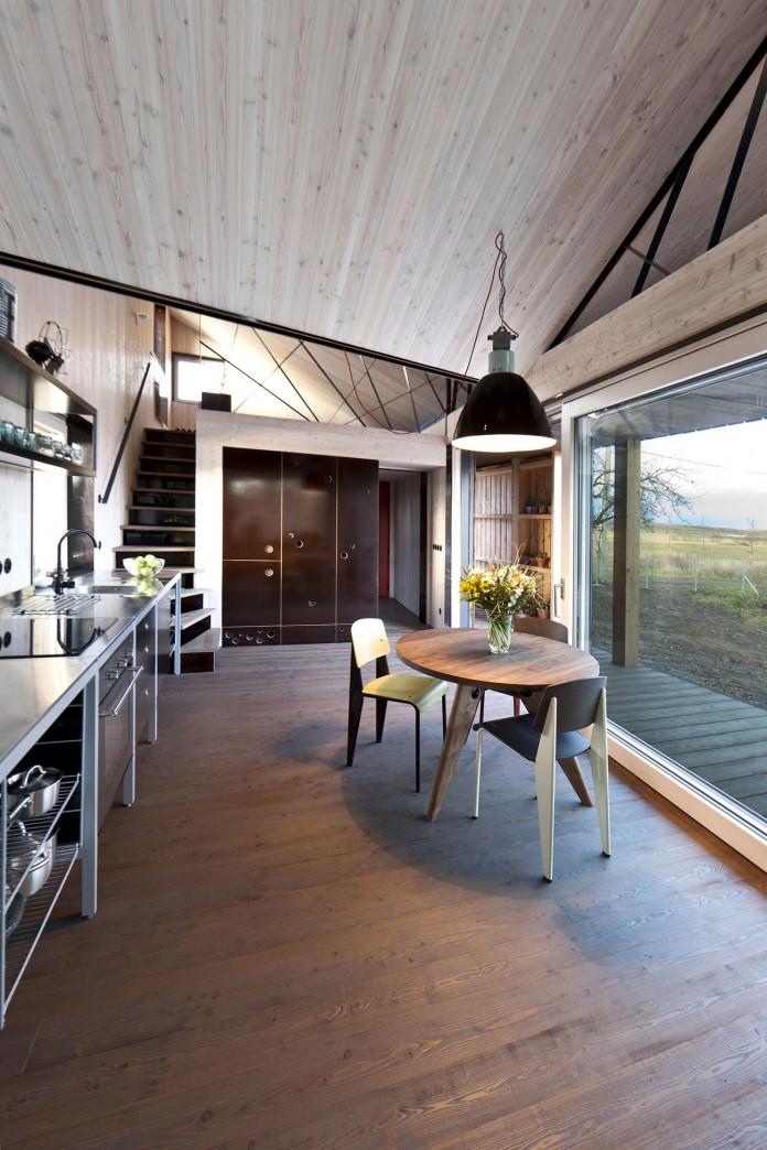 Energy-Efficient-Wooden-House-Zilvar-08