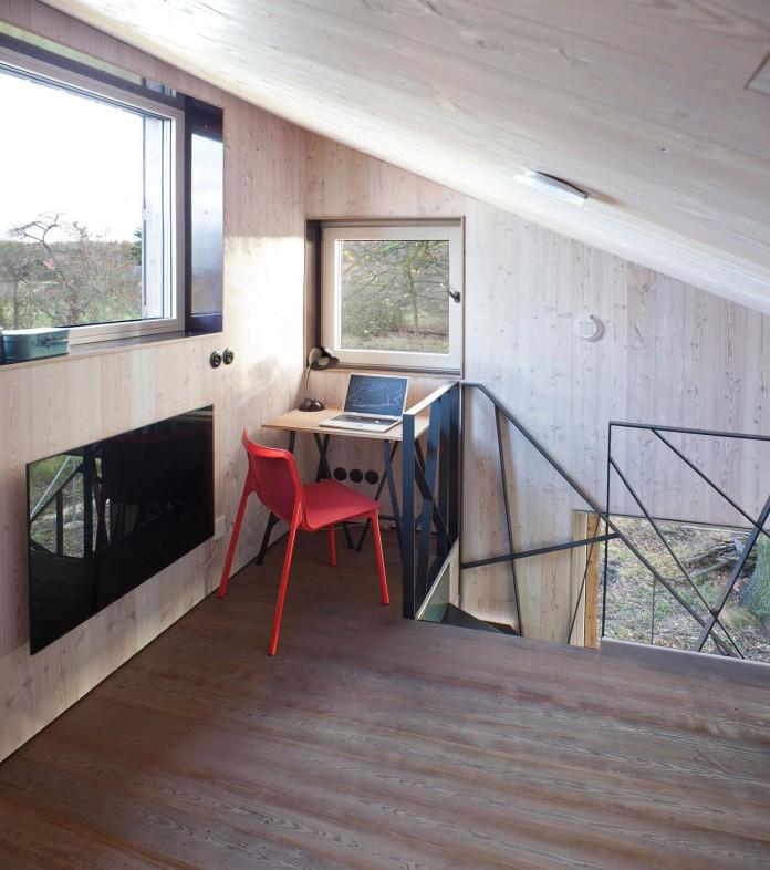 Energy-Efficient-Wooden-House-Zilvar-11