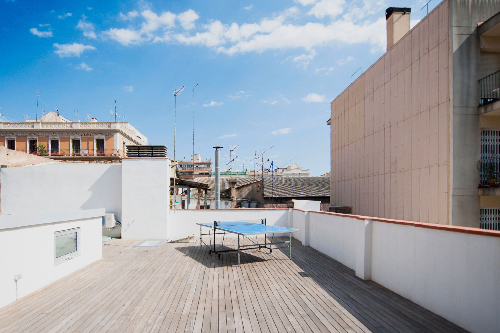Gracia home in Barcelona by Lluís Corbella & Marc Mazeres-02