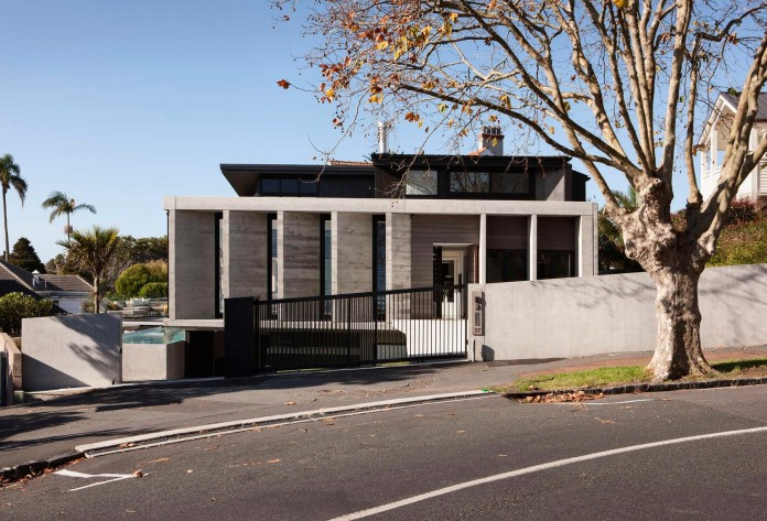 Herne-Bay-Rd-Residence-by-Daniel-Marshall-Architects-01