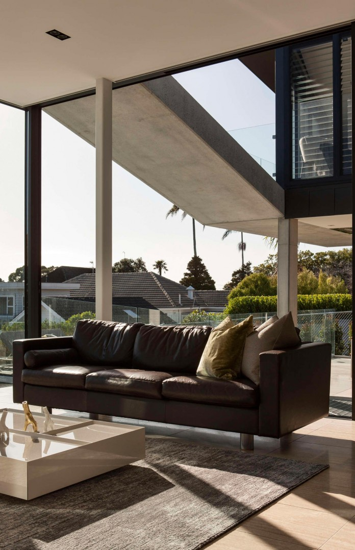 Herne-Bay-Rd-Residence-by-Daniel-Marshall-Architects-05